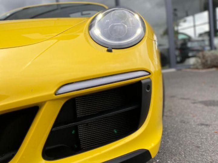 Porsche 911 Targa (991) 3.0 450CH 4 GTS Jaune - 2