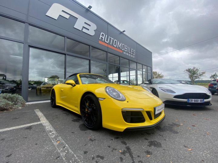 Porsche 911 Targa (991) 3.0 450CH 4 GTS Jaune - 8