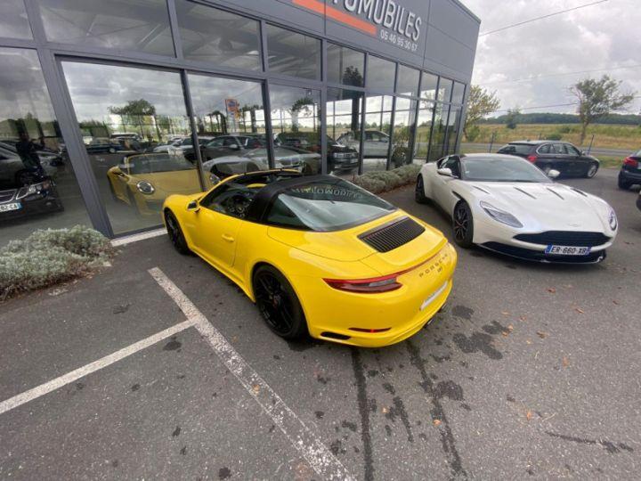 Porsche 911 Targa (991) 3.0 450CH 4 GTS Jaune - 19