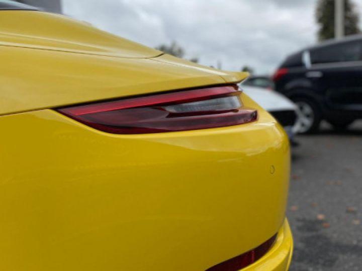 Porsche 911 Targa (991) 3.0 450CH 4 GTS Jaune - 20