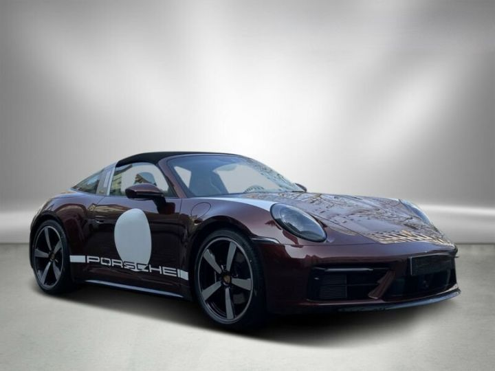 Porsche 911 Targa 992 4S Heritage Design Edition Rouge Cherry - 3