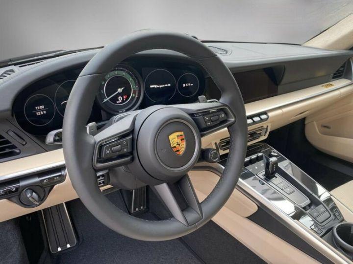 Porsche 911 Targa 992 4S Heritage Design Edition Rouge Cherry - 6