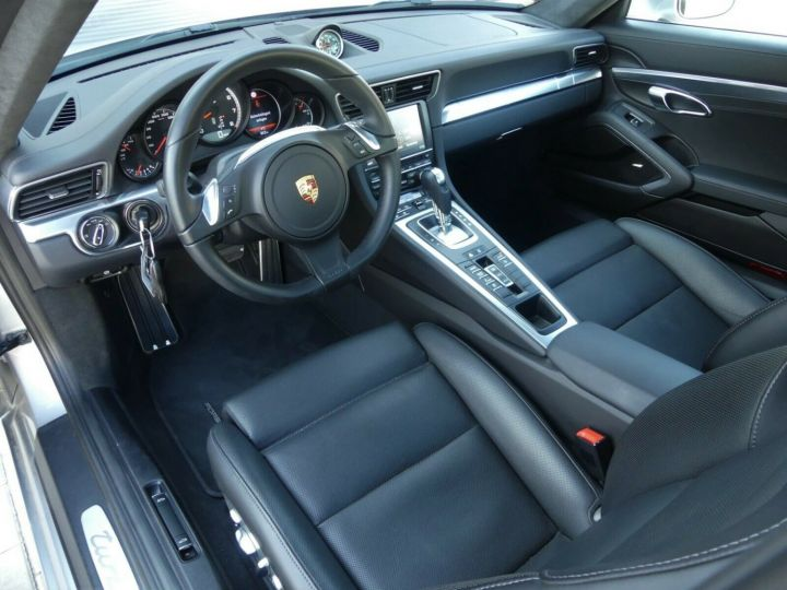 Porsche 911 TURBO 3.8 520CH TOIT PANO PACK SPORT CHRONO PLUS LED 20' Gris - 15