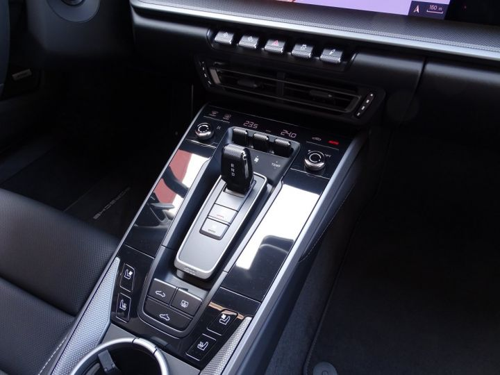 Porsche 911 TYPE 992 CARRERA 4S 450 CV PDK - MONACO Craie (Couleur Spéciale Porsch - 13