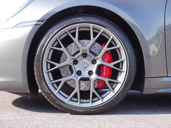 Porsche 911 TYPE 992 CARRERA 4S 450 CV PDK - MONACO Gris Metal - 20