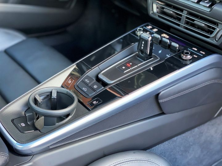Porsche 911 TYPE 992 CARRERA 4S 450 CV PDK - MONACO Noir Metal - 19