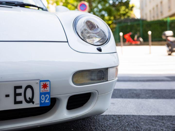 Porsche 911 TYPE 993 (993) 3.6 CARRERA S TIPTRONIC Blanc Metal - 9