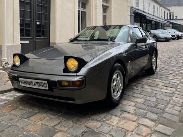 Porsche 944 2.5 Gris - 2