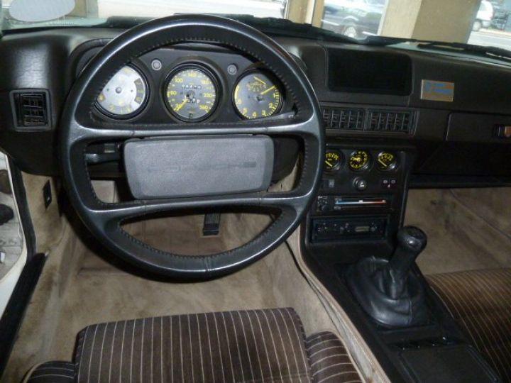 Porsche 944 ROTHMANS BLANC - 10