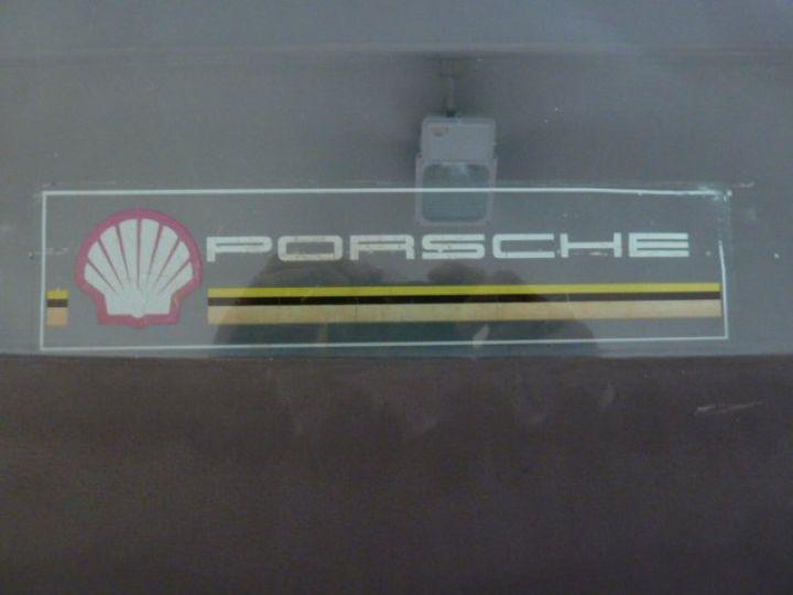 Porsche 944 ROTHMANS BLANC - 17