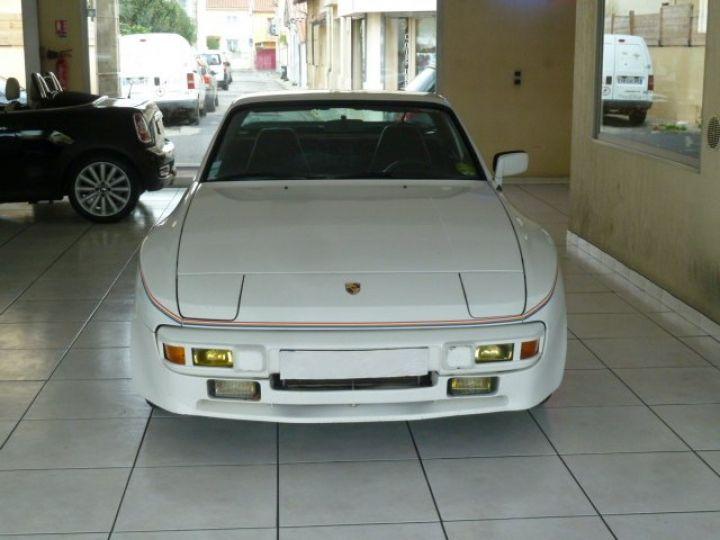Porsche 944 ROTHMANS BLANC - 19