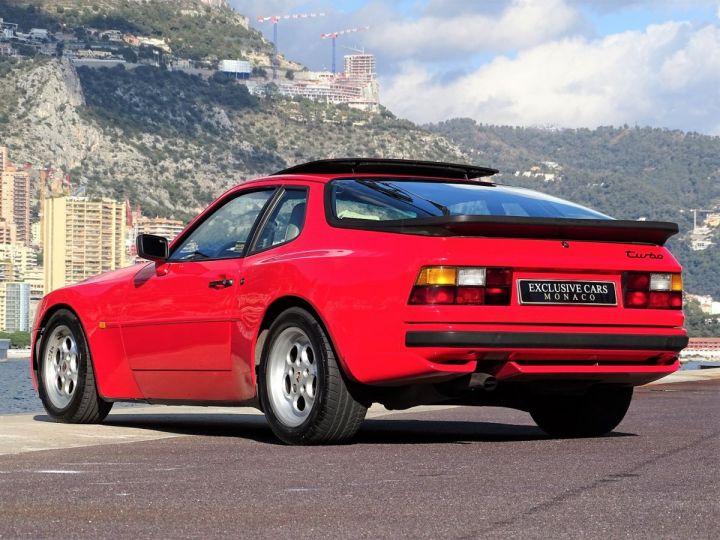 Porsche 944 TURBO 220 CV - MONACO Rouge - 16