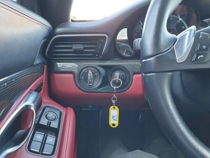 Porsche 991 noire - 9