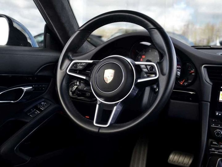 Porsche 991 Porsche 991 4S PCCB 420 CV/FEINS CERAMIQUE/ GARANTIE 12 MOIS Noir - 4