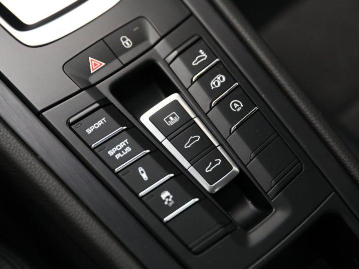 Porsche 991 PORSCHE 991 CARRERA 4 GTS 3.8 430CV /PDK /PANO / ETAT NEUF 8500 KMS Noir - 29