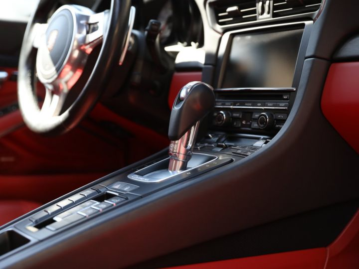 Porsche 991 PORSCHE 991 CARRERA 4 GTS PDK 3.8 430CV / EXCLUSIVE Gris - 30