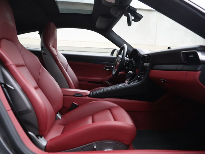 Porsche 991 PORSCHE 991 CARRERA GTS 3.8 430CV /FRANCE / PANO / 37500 KMS Gris Quartz - 36