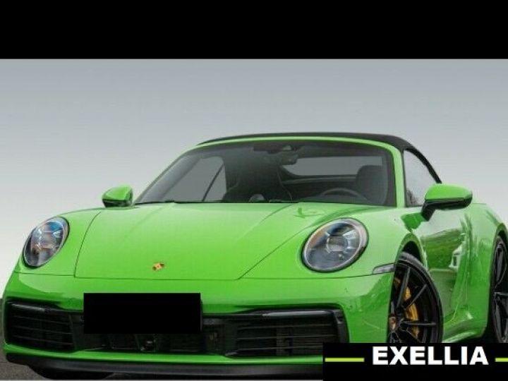 Porsche 992 carrera 4s Cabrio VERT PEINTURE METALISE Occasion - 3