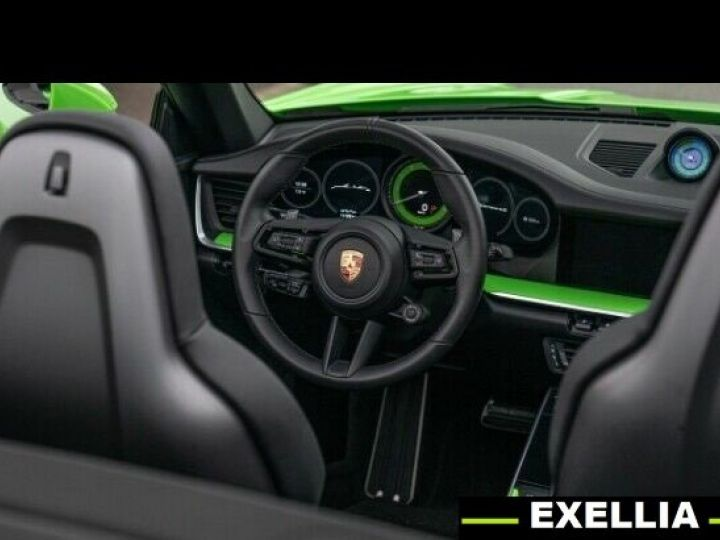 Porsche 992 carrera 4s Cabrio VERT PEINTURE METALISE Occasion - 10