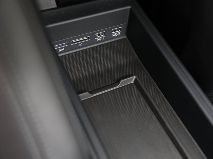 Porsche 992 PORSCHE 992 CARRERA S 3.0 450CV /PANO /PSE/ EN ETAT NEUF 8500KMS Gris Quartz - 44