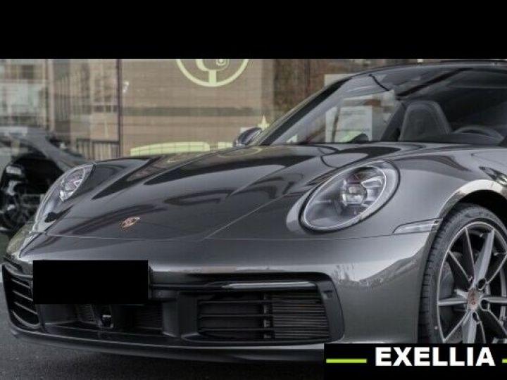 Porsche 992  Targa 4 Coupé  VERT PEINTURE METALISE Occasion - 1