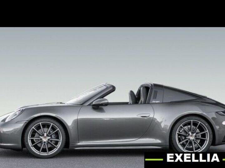 Porsche 992  Targa 4 Coupé  VERT PEINTURE METALISE Occasion - 4