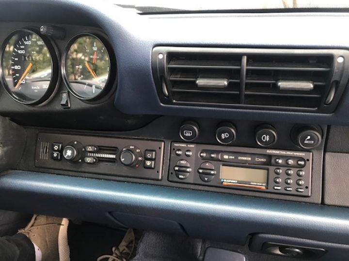 Porsche 993 993 CARRERA CABRIOLET BVM 272 CV Bleu Nuit - 19