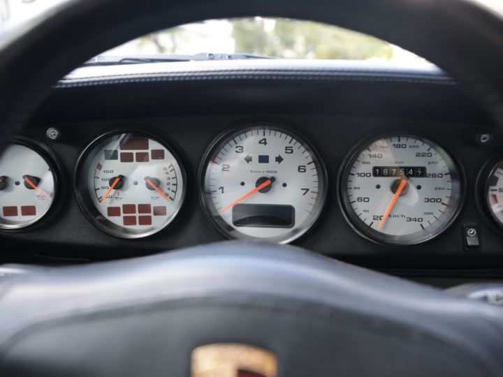 Porsche 993 Carrera 3.6 272 Cv Cabriolet Etat Concours Gris - 28