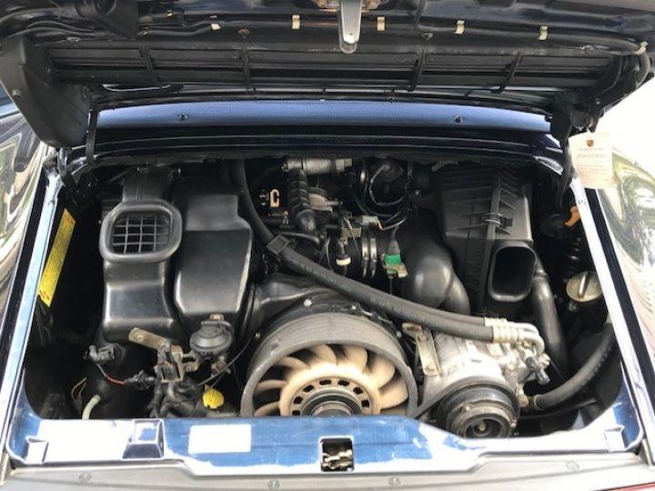 Porsche 993 CARRERA CABRIOLET BVM 272 CV ETAT CONCOURS Bleu Nuit - 14