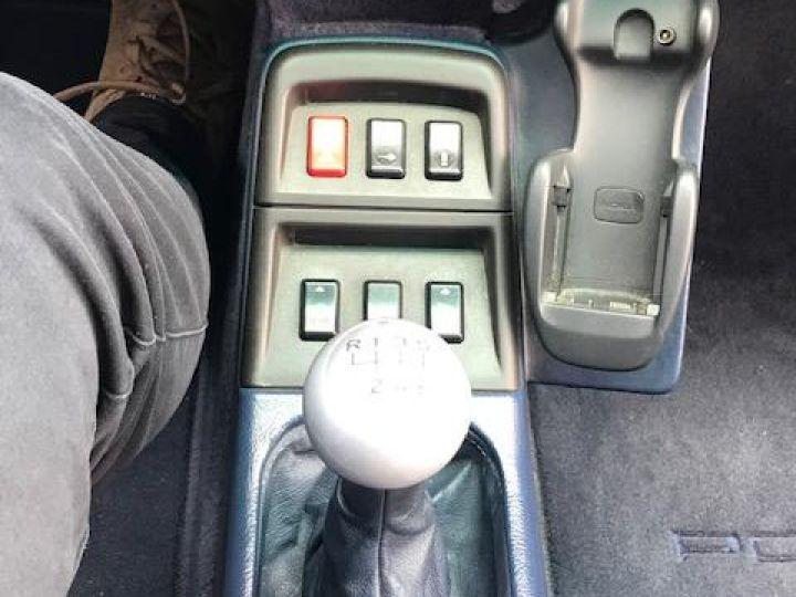Porsche 993 CARRERA CABRIOLET BVM 272 CV ETAT CONCOURS Bleu Nuit - 17