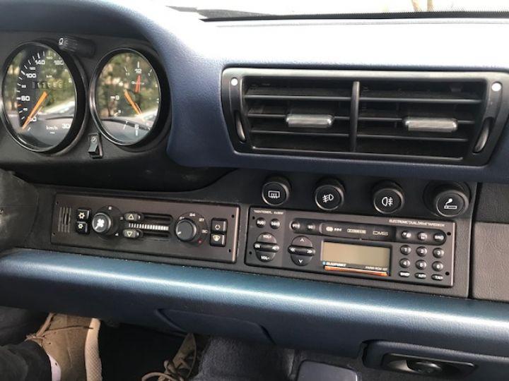 Porsche 993 CARRERA CABRIOLET BVM 272 CV ETAT CONCOURS Bleu Nuit - 19