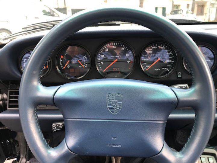 Porsche 993 CARRERA CABRIOLET BVM 272 CV ETAT CONCOURS Bleu Nuit - 20