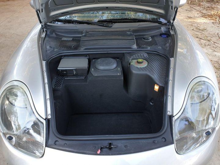 Porsche 996 CARRERA 4 CABRIOLET GRIS ARTIC METALLISE - 18