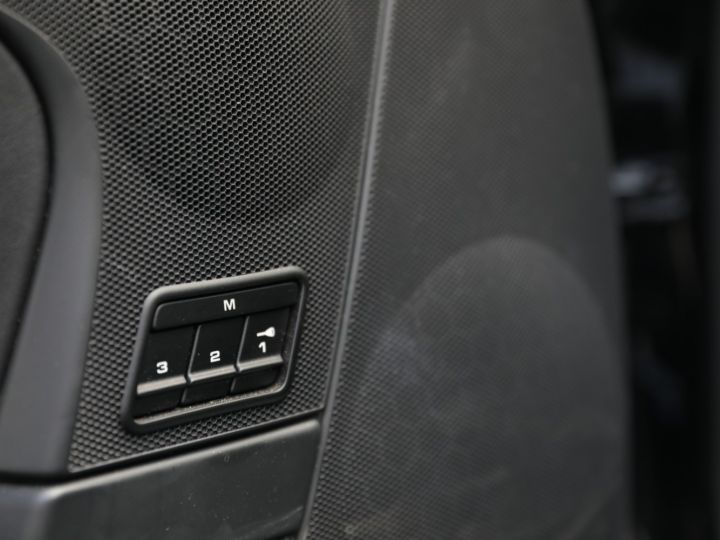 Porsche 997 997 GTS 3.8 408 CV PDK Noir - 41