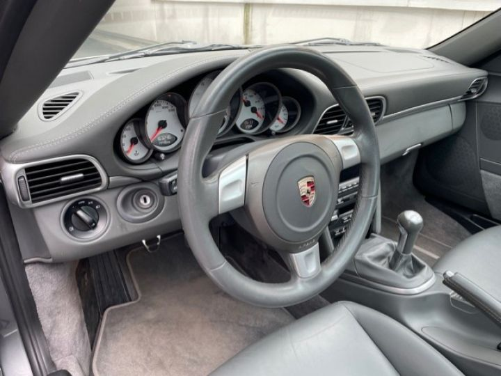Porsche 997 PORSCHE 997 TARGA 4S 3.8 385CV BVM /1ERE MAIN / 162000 KMS /SUIVI COMPLET Gris Meteor - 17