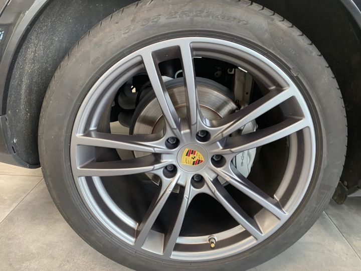 Porsche Cayenne 2.9 S 2894 441cv NOIR - 14