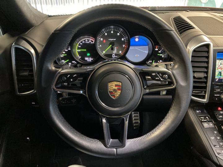 Porsche Cayenne 3.0 S E-Hybrid  ROUGE CARMIN - 12