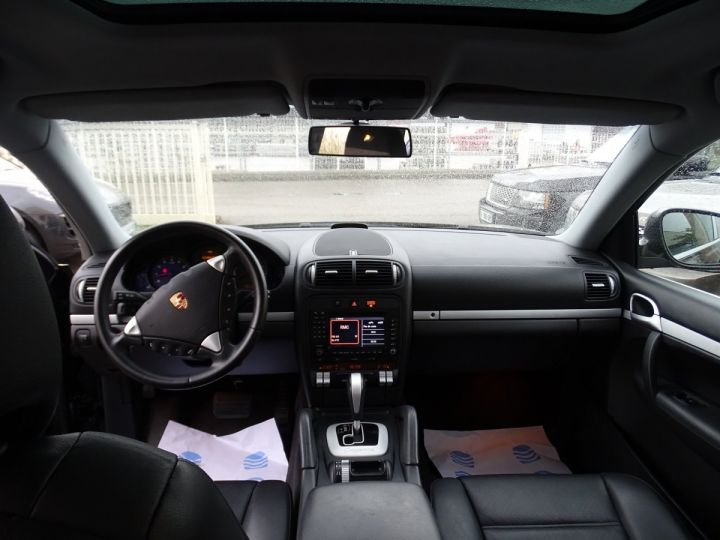 Porsche Cayenne 3.2L V6 250PS Tipt/Jantes 18  TOE  PDC  Bixénon  Ord n - 13