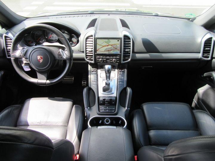 Porsche Cayenne 4.8L V8 400CH GRIS FONCE Occasion - 9