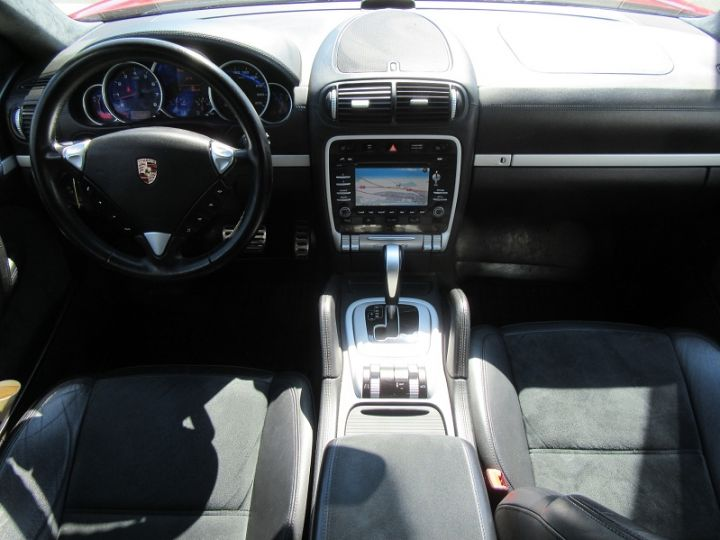 Porsche Cayenne (955) 4.8L V8 405CH TIPTRONIC Rouge Occasion - 9