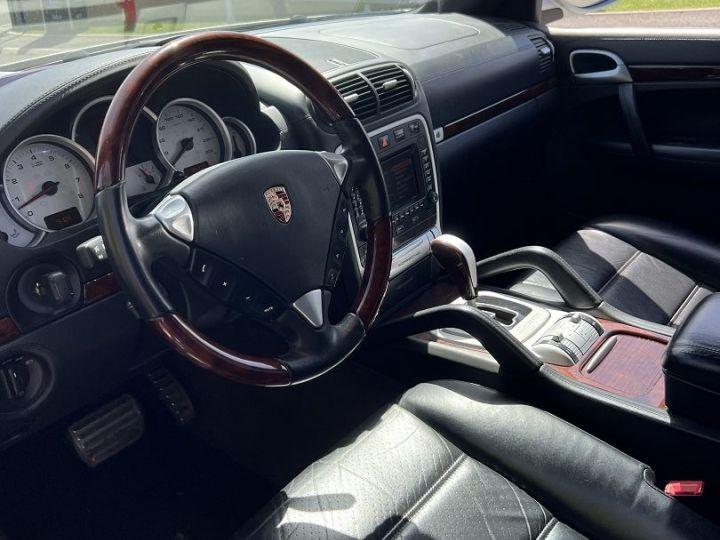 Porsche Cayenne (955) S {2002/12 - 2007/02} Gris - 7