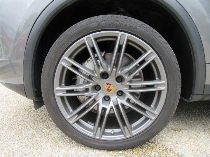 Porsche Cayenne (958) 4.2 385CH DIESEL Gris Fonce Occasion - 18