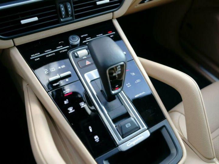 Porsche Cayenne Cayenne E-Hybrid Coupé  cuir beige - 14