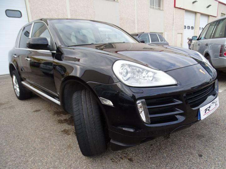 Porsche Cayenne Cayenne S 4.8L 385PS Tipt/PASM PCM Jtes 19 PDC BIXENON ORD noir metallisé - 2