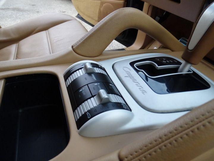 Porsche Cayenne Cayenne S 4.8L 385PS Tipt/PASM PCM Jtes 19 PDC BIXENON ORD noir metallisé - 13