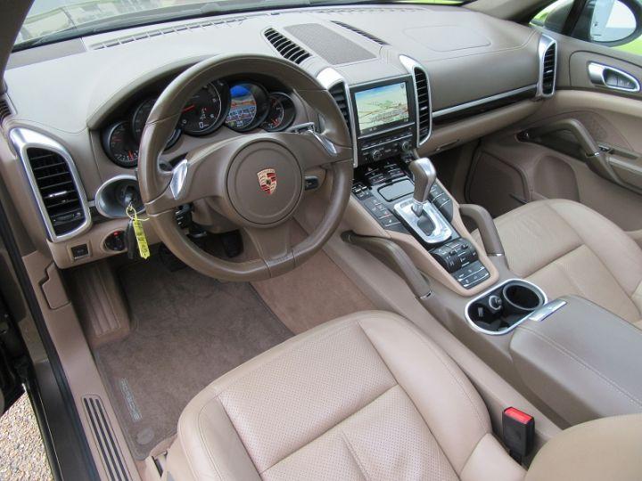 Porsche Cayenne DIESEL (958) 3.0L V6 245CH TIPTRONIC Terre D'ombre Occasion - 2