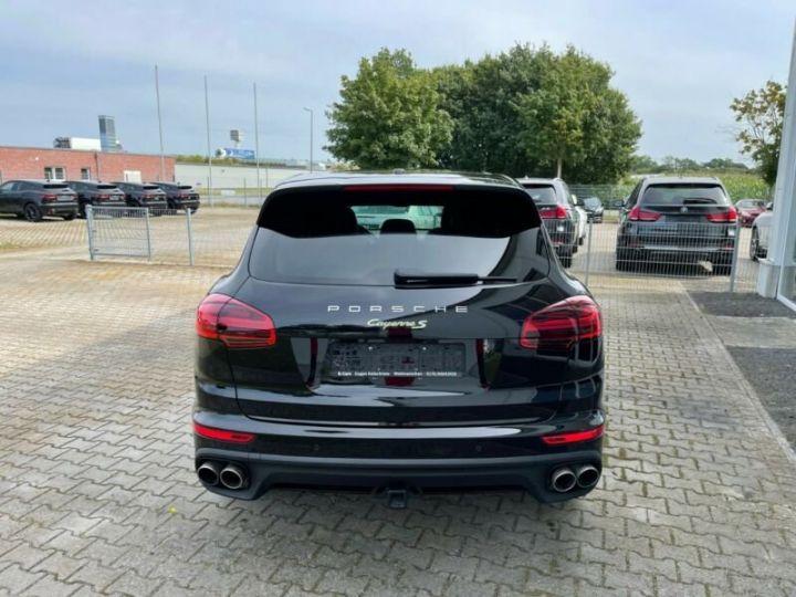 Porsche Cayenne Hybride Noir métallisée  - 8