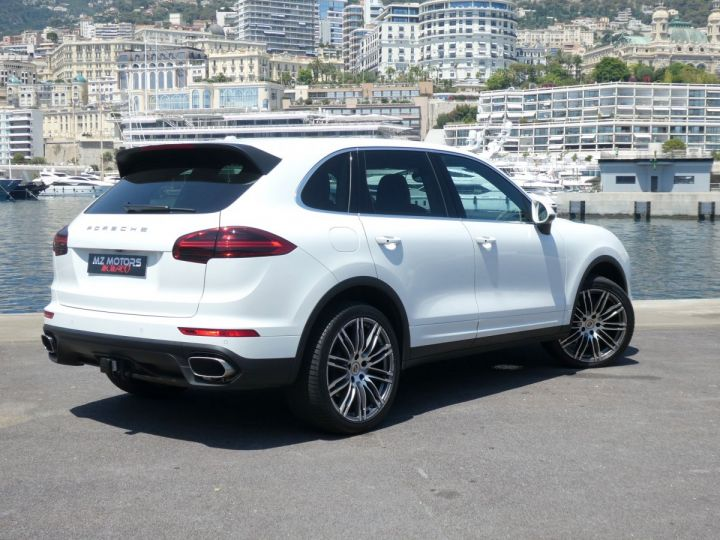 Porsche Cayenne II (2) 3.0 V6 D 262 TIPTRONIC  Blanc Pur Occasion - 9