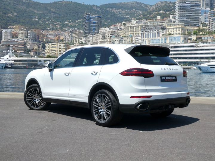 Porsche Cayenne II (2) 3.0 V6 D 262 TIPTRONIC  Blanc Pur Occasion - 12