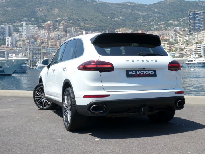 Porsche Cayenne II (2) 3.0 V6 D 262 TIPTRONIC  Blanc Pur Occasion - 13